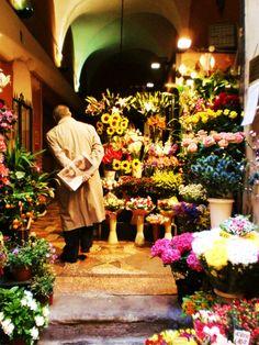 Flower Shop; Bologna, Italy