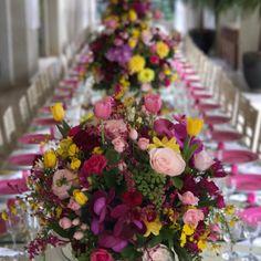 """195 curtidas, 4 comentários - Decor•home•festa•mesa•trip (@pontodecor) no Instagram: """"Mesa florida e linda para o lançamento da coleção @lrporlalarudge. 🍃🌼🌸🌺🍃 Amei! @riachuelo…"""""""
