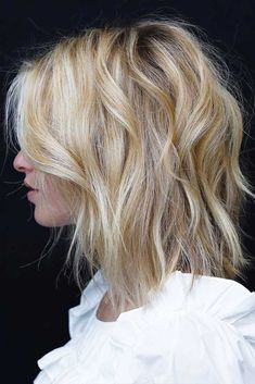 There are limitless options to experiment with when it comes to a shaggy cut. No matter the length, facial features or hair texture – there is a proper shag for each and every one of you! Take a pick! #shaghaircut #haircuts
