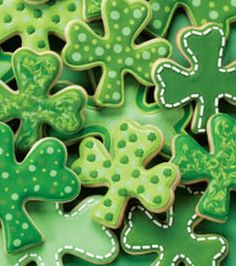 Shamrock Cookies! Perfect for St. Patrick's Day!|Find supplies at Joann.com or JoAnn Fabric and Craft Stores.