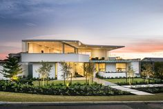 Gorgeous and Stylish City Beach House in Perth, Australia | Home Design Lover