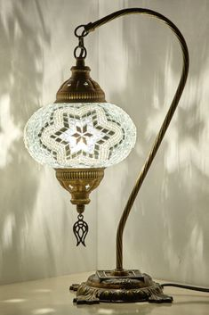 Picking out the best lamp for your home can be difficult because there is such a wide variety of lamps from which to select. Find the most suitable living room lamp, bed room lamp, desk lamp or any other style for your specific room. Turkish Lamps, Moroccan Lamp, Table Lamps For Bedroom, Old Lamps, Transitional Decor, Unique Lamps, Boho Diy, Diy Table, Desk Lamp