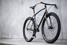Ezra Caldwell surely knows how to craft a bike. Forget NYC, this would be an ideal ride for Copenhagen!
