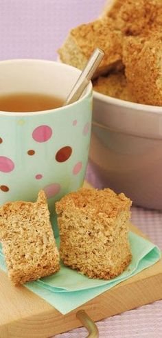 Vrouekeur | Growwe beskuit Kos, Rusk Recipe, Baking Recipes, Dessert Recipes, Cheesecake Recipes, Paleo Recipes, Crazy Cookies, South African Recipes, Africa Recipes