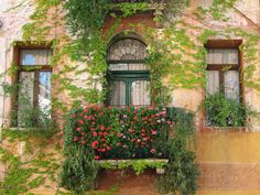 Balcony in Marostica, Province of Vicenza, Veneto - Italy (photo via pieceofkuchen) Balcon Juliette, Fachada Colonial, Balcony Window, Balcony Flowers, Balcony Plants, Pot Jardin, Garden Windows, Unique Doors, Through The Window