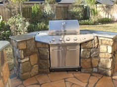 Ways To Choose New Cooking Area Countertops When Kitchen Renovation – Outdoor Kitchen Designs Kitchen Grill, Backyard Kitchen, Outdoor Kitchen Design, Backyard Patio, Outdoor Kitchens, Backyard Landscaping, Outdoor Grill Area, Outdoor Grill Station, Outdoor Barbeque