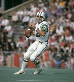 Joe Namath - New York Jets - Autograph Signing March 2019 Nfl Photos, Football Photos, Sports Photos, American Football League, Fantasy Football, Nfl Football Players, Football Moms, School Football, Football Cards