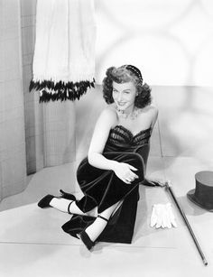 Paulette Goddard in Anna Lucasta Golden Age Of Hollywood, Vintage Hollywood, Hollywood Glamour, Hollywood Actresses, Classic Hollywood, Actors & Actresses, Hollywood Stars, Paulette Goddard, Harold Lloyd