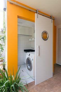 Aproveitando a Área Social da Casa Outdoor Laundry Rooms, Small Laundry Rooms, Laundry Room Design, Diy Kitchen Storage, Home Decor Kitchen, Home Interior Design, Interior Decorating, Home Organization, Home Goods