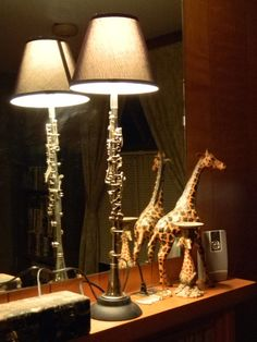 Wow, i do not have to throw out my husband's clarinet! Classy Clarinet Lamp