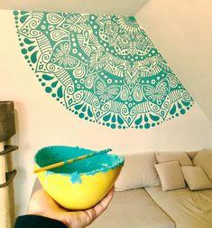 Home Design Drawing Mandala mural painting design in the bedroom, home inspiration. Mandala Design, Mandala Art, Mandala Drawing, Mandala On Wall, Wall Art Designs, Paint Designs, Design Art, Mural Wall Art, Mural Painting