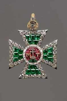 Cross of the Hungarian Order of St. Stephen's, 1789. Emerald and diamond brooch…