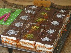 Havucun rengi ve lezzetinin buluştuğu oldukça pratik bir bisküvili pasta tarifi...