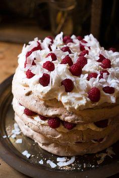 White Chocolate, Coconut and Raspberry Pavlova – Australia Day 2017 – Adeline & Lumiere Raspberry Pavlova, Australia Day, Slow Food, Dessert Recipes, Desserts, White Chocolate, Nom Nom, Meringue, Dessert