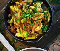 Recept: Brynt brysselkål med äppelmust och lagerblad