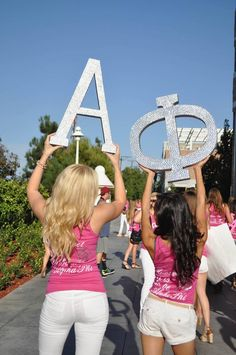 Alpha Phi at Chapman University