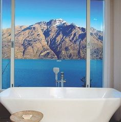 You can tell a lot about a place from the bathroom!  Matakauri Lodge, Queenstown, New Zealand photo by @antipodeanluxurytravel • #luxurytravel