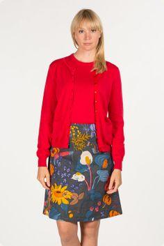 Jumperfabriken Red Cardigan, Mode Inspiration, Feminine, Floral, Skirts, Cardigans, Twin, Fashion, Women