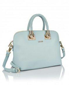 b8c9076deab Speelse vrolijke babyblauwe handtas van Liu Jo met een lichte structuur in  het leer. Deze