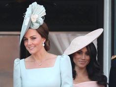 Prince Harry's new wife, the Duchess of Sussex, joined him, the queen and other royals at the Trooping the Colour parade Duchess Kate, Duke And Duchess, Duchess Of Cambridge, Meghan Markle Shows, Kate And Meghan, Prince Harry And Megan, Princess Meghan, New Wife, Kate Middleton Style