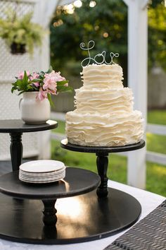 Wedding Party Cupcake Stand Pie Candy Bar Display by thefunkyshack. LOVE this IDEA to spice up a table of pies!