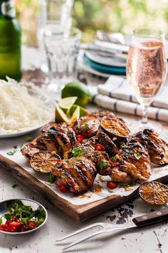Thai Grilled Chicken (Gai Yang) Board with Grilled Thai Chicken (Gai Yang) pieces Thai Grilled Chicken, Grilled Chicken Recipes, Grilled Meat, Grilled Shrimp, Grilled Salmon, Grilled Vegetables, Grilling Recipes, Cooking Recipes, Gastronomia