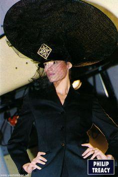 Yasmin Le Bon - runway