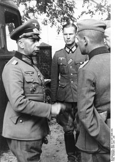 General der Artillerie  Walther Lucht with officers. Poland 1941.