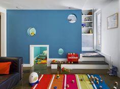 Kids room with hidden bi-level play area. Design: Fearins Welch