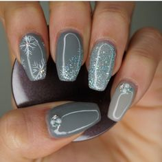Nail'D It!!! super cute Christmas nails in grey. Instagram @naildit_houston