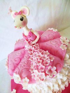 Angelina-ballerina cake