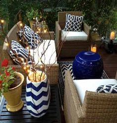 Hollywood Hills lifestyle and home decor - outdoor living at it's best.  Love the navy blue and white contrast