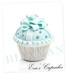 Blue Cupcake Present.