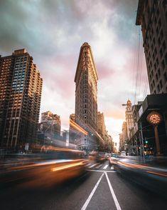 Flatiron Building by Ivan Wong