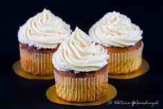 Еще один рецепт для мини-марафона «10 простых десертов из одного теста». ИНГРЕДИЕНТЫ: 150г муки 75г масла 165г сахара 130г творога 15% 2 небольших яйца 1/2ч.л.…