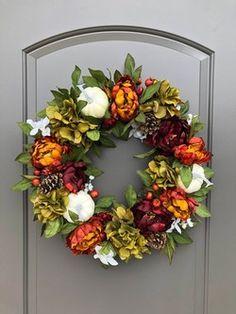 Thanksgiving Wreaths, Fall Wreaths, Autumn Wreaths For Front Door, Thanksgiving Table, Mesh Wreaths, Thanksgiving Decorations, Table Decorations, White Pumpkins, Fall Pumpkins
