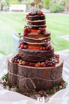 Wedding Photography | The Inn at Dromoland | Clare | Ireland | Photographer | Gary Collins Photography | Flowers | Suits | Groom | Bride | Wedding Rings | Polish | Irish | Wedding Cake