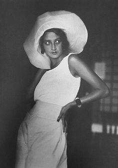 Renée, Biarritz, August, 1930 Jacques Henri Lartigue