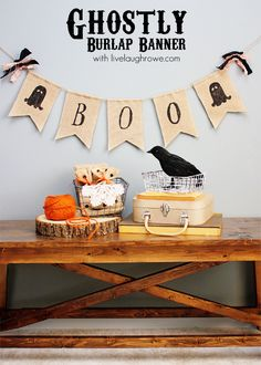 Swing by and learn how to make this rustic Ghostly Halloween Burlap Banner to add to your festive Halloween decor. Burlap Halloween, Halloween Banner, Spooky Halloween, Holidays Halloween, Vintage Halloween, Halloween Decorations, Halloween Party, Halloween 2014, Halloween Costumes