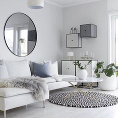 Omg total room envy by @hannenov what a knockout!  #scandiinspired #scandihome #hyggelig #interiordesign #stylist #homeinspo #interiordesignermelbourne #stylist2you #interiors123 #scandihome #scandiloingeroom #love