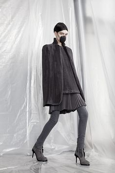 Sfilata AF Vandevorst Parigi - Collezioni Autunno Inverno 2015-16 - Vogue