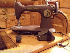 Westinghouse-Vintage-60s-Sewing-Machine-Model-1172265-A
