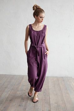 Linen jumpsuit. Loose fitted overall suit. Stone washed linen.