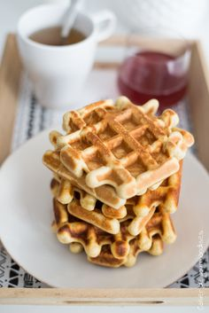 dessert with applesauce - dessert with apples _ dessert with applesauce _ dessert with apples easy Sugar Free Desserts, Apple Desserts, Vegan Desserts, Healthy Sweets, Healthy Dessert Recipes, Healthy Baking, Pie Co, Cinnamon Roll Waffles, Compote Recipe