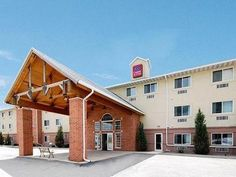 Portage (WI) Comfort Suites Portage United States, North America Set in a prime location of Portage (WI), Comfort Suites Portage puts everything the city has to offer just outside your doorstep. The property features a wide range of facilities to make your stay a pleasant experience. All the necessary facilities, including 24-hour front desk, Wi-Fi in public areas, car park, meeting facilities, newspapers, are at hand. Comfortable guestrooms ensure a good night's sleep with so...