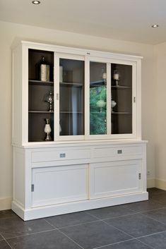 anrichte in wei kiefer teilmassiv sideboard wohnzimmerschrank kommode sidebord k chenkommode. Black Bedroom Furniture Sets. Home Design Ideas
