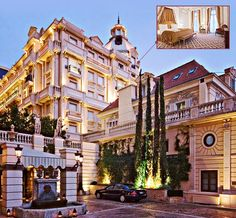 Recently refurbished, the 5-star Hotel Metropole blends modern and traditional luxury the way only people from Monte Carlo know how. Lounge by the pool designed by Karl Lagerfeld, as you enjoy tasty vittles from Odyssey, one of Joël Robuchon's three restaurants in the hotel.