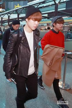 150309 BTS @ Taoyuan Airport in Taiwan on the way to Korea