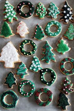Looking for for ideas for christmas inspiration?Browse around this site for unique Xmas ideas.May the season bring you joy. Christmas Mood, Merry Little Christmas, Noel Christmas, Christmas Treats, Christmas Baking, All Things Christmas, Christmas Cookies, Xmas, Christmas Tumblr