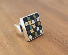 DIY - glass bead mosaic ring - I ALWAYS PICK THE THIMBLE